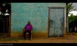 Tranquilandia – Film über eine Gruppe von Campesinos, die über Vertreibung und den Versuch der Rückkehr berichten